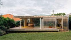 Yolk House / Pac Studio