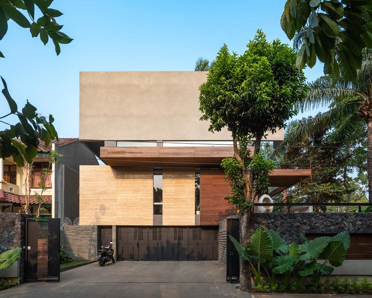 Casa en Serpong / Atelier Riri, © Daniel Jiang