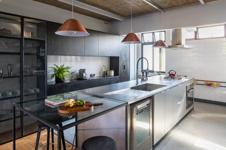 Cómo diseñar una Isla de cocina: Espacio eficiente y multifuncional,© Haruo Mikami