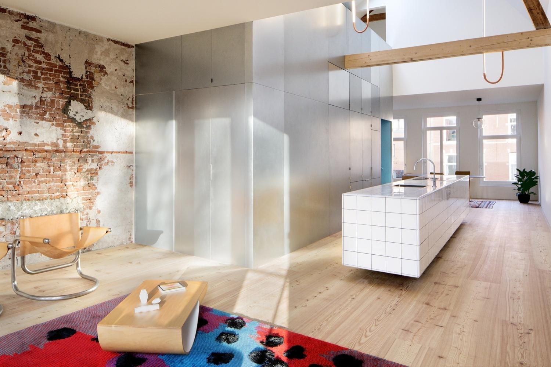 Cómo diseñar una Isla de cocina: Espacio eficiente y multifuncional,© NoortjeKnulst