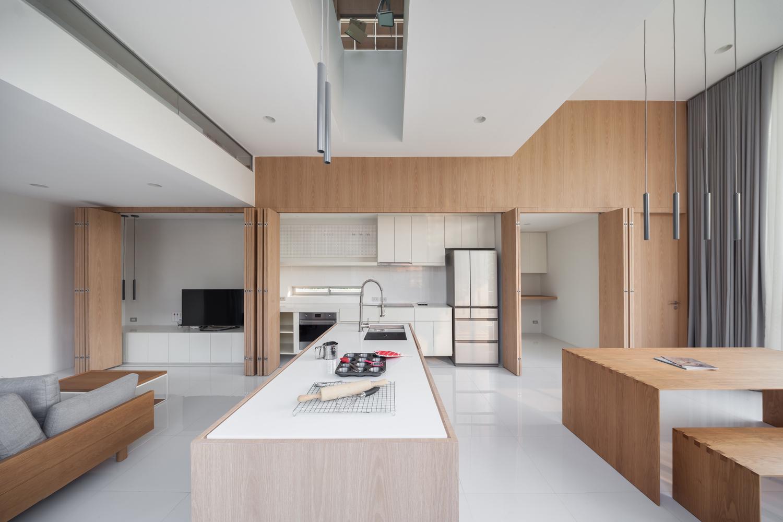 Cómo diseñar una Isla de cocina: Espacio eficiente y multifuncional,© Ketsiree Wongwan