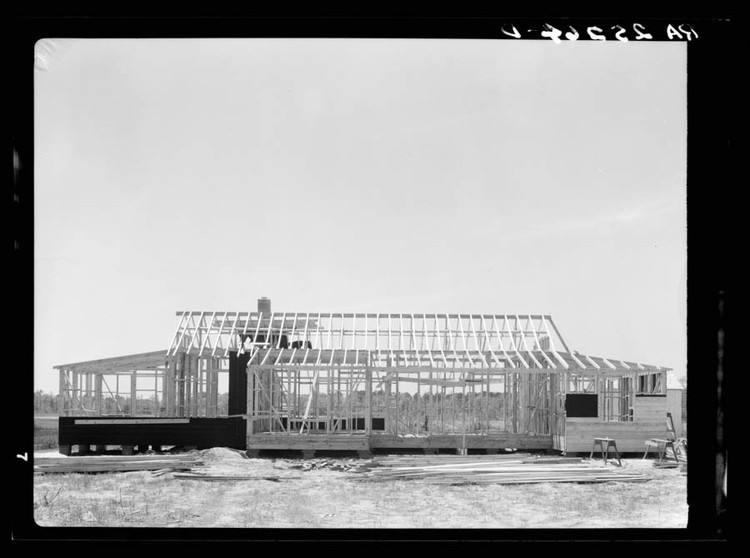 Paul Andersen and Paul Preissner on American Framing, The balloon-frame construction system was developed in the United States in the 1830s. Widely used in residential and other small-scale construction for a century, it was replaced by platform framing, which allowed for the use of smaller wood studs. Both systems rely on readily available timber elements.Courtesy Library of Congress, prints and photographs division. Farm security administration/office of war information black and white negatives