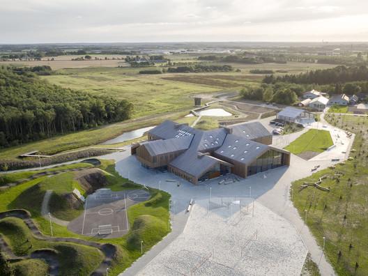 The Heart in Ikast / C.F. Møller Architects. Image © Adam Mørk