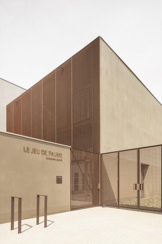 Gymnasium Villepreux / Joly&Loiret
