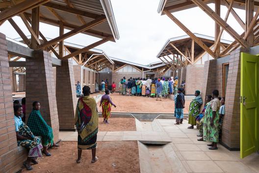 Maternity Waiting Village / MASS Design Group, © Iwan Baan