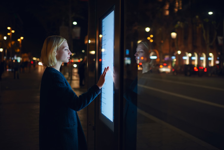 Technology applied in a bus stop in Barcelona. GaudiLab picture, via Shutterstock