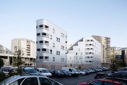 Fair Enough Apartments / BFV ARCHITECTES