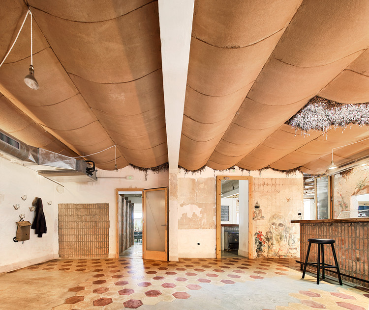 Reconversión Café-concierto Can Lliro / Aulets Arquitectes + Carles Oliver, © José Hevia