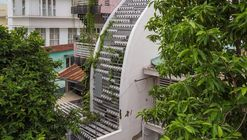VY ANH House  / Khuon Studio