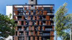 Esquina Chartier / Oficina Conceito Arquitetura
