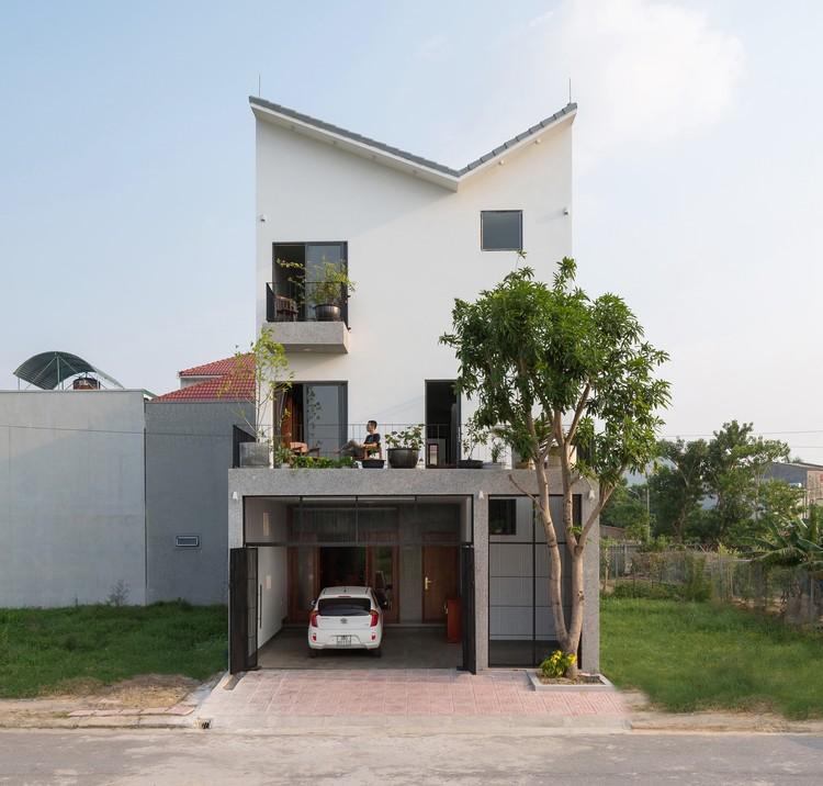 HC House / Dom Architect Studio, © Hoang Le