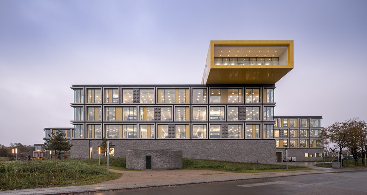 LEGO Campus / C.F. Møller Architects, Courtesy of Adam Mørk