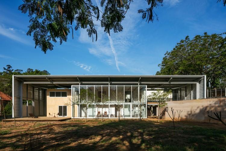 Casa T.R. / Andrade Morettin Arquitetos Associados, © Nelson Kon