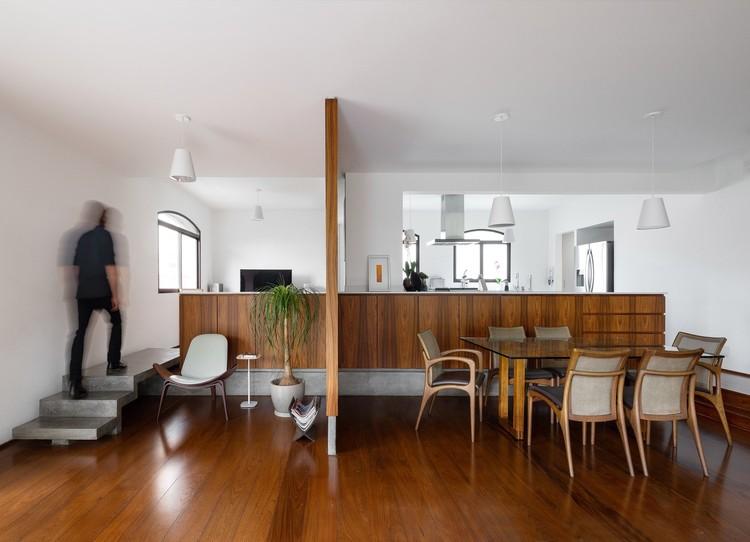 Apartamento Chácara Klabin / Pianca Arquitetura + Rafael Urano, © Manuel Sá