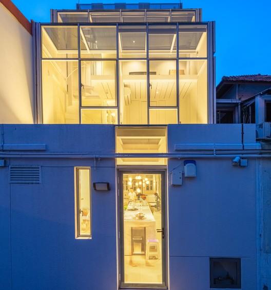 Casa con dos caras / RT+Q Architects