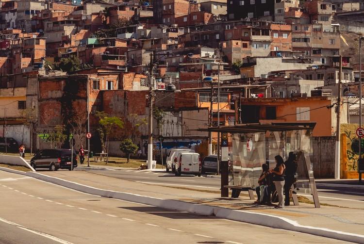 Coronavírus, desigualdade e acesso ao SUS: onde vivem os mais vulneráveis, São Paulo. Foto de Bruno Thethe, via Unsplash