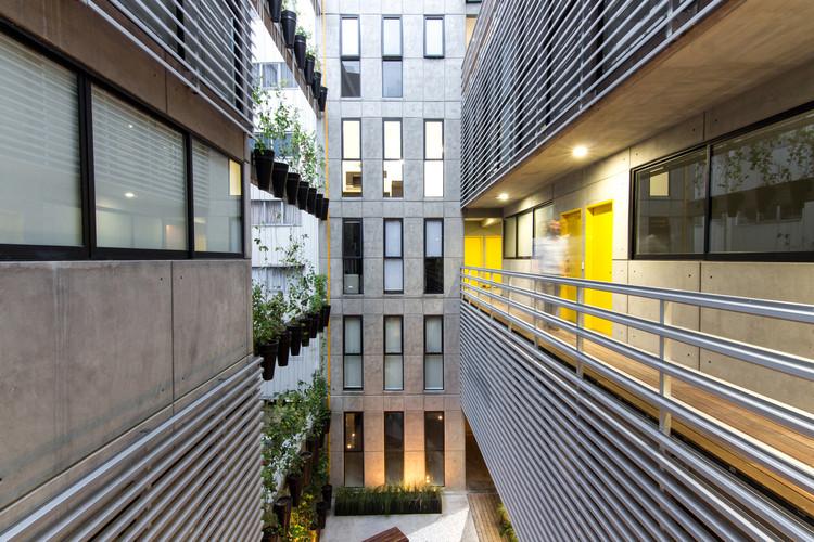 Vertiz 950 / HGR Arquitectos. Image © Diana Arnau