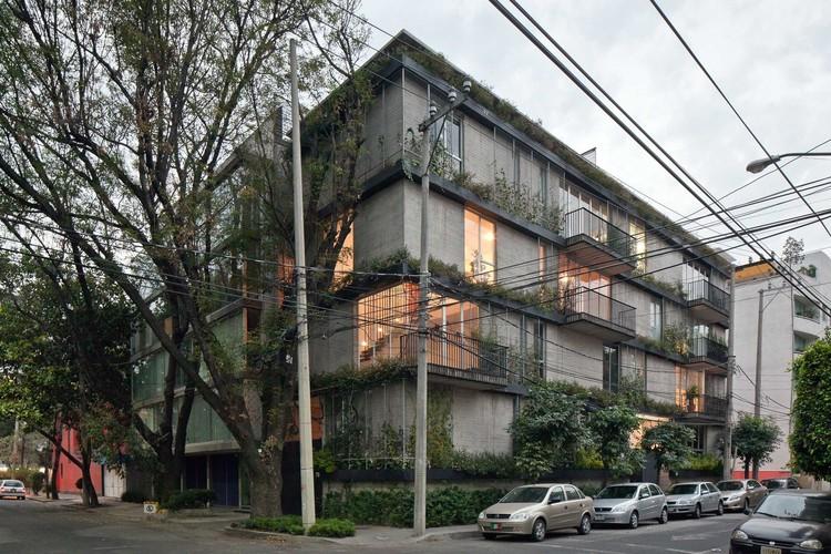 Hera 79 / dmp arquitectura. Image © Onnis Luque