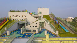Sangam Elementary School  / SferaBlu Architects
