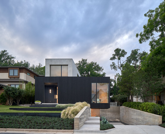 Skybox House / Dick Clark + Associates