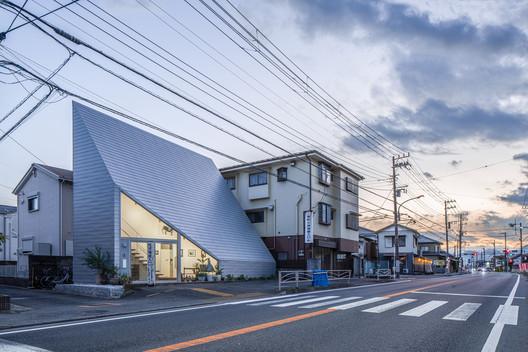 © Satoshi Takae + Shinkenchiku