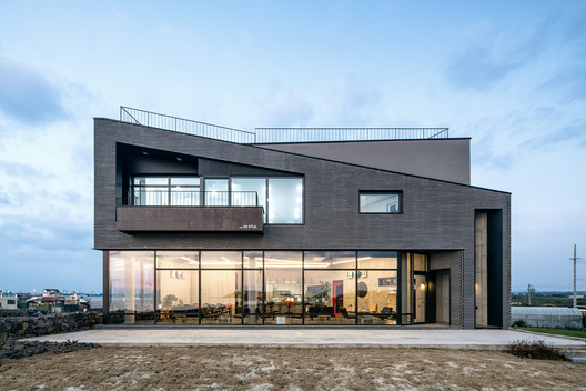Whale Island Café House / Design Lab so S.O Architects