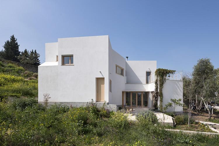 The SHN Residence / Doron Sheinman Architects, © Amit Gosher
