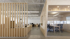 Les Éditions Passe-Temps Offices / Quinzhee Architecture