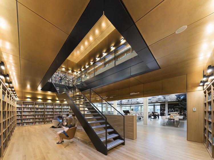 Erasmus University Rotterdam Library Renovation / Defesche Van den Putte architecture + urbanism, © Roos Aldershoff