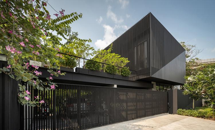 K.Krit Residence / Octane architect & design, © Rungkit Charoenwat