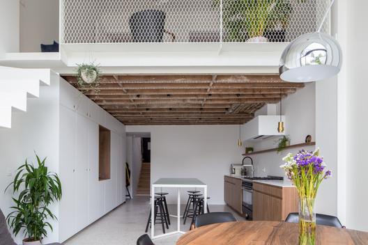 FETIS Apartment / AUXAU - Atelier d'architecture
