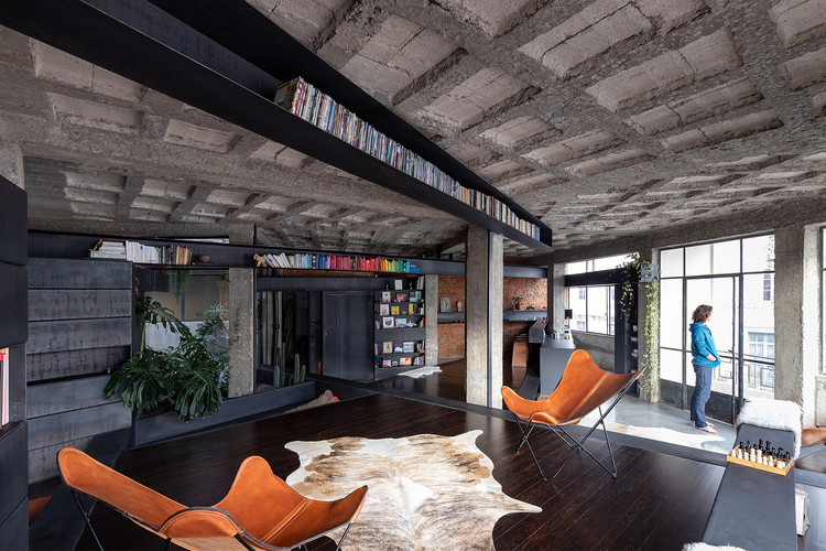 Intervenção no Apartamento Un Bosque / Aquiles Jarrín, © JAG Studio