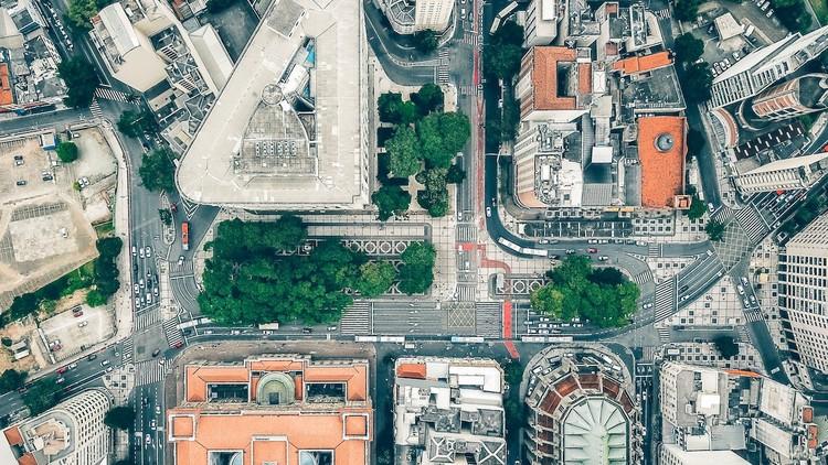 Portal GeoSampa disponibiliza mapa de toda a cidade de São Paulo em 3D, Vista aérea de parte do centro de São Paulo. Foto de Sergio Souza, via Unsplash