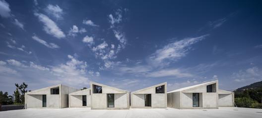 1000m2 Prefabricated Housing / SUMMARY