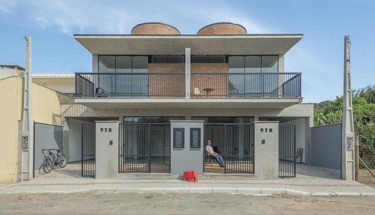 Residencial N4 / PJV Arquitetura, © Alexandre Zelinski