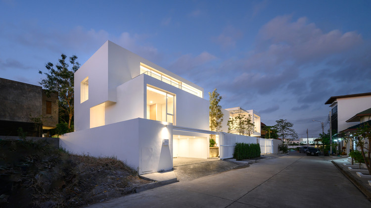 Casa Neocity RNEOC / V2in Architects, © Rungkit Charoenwat