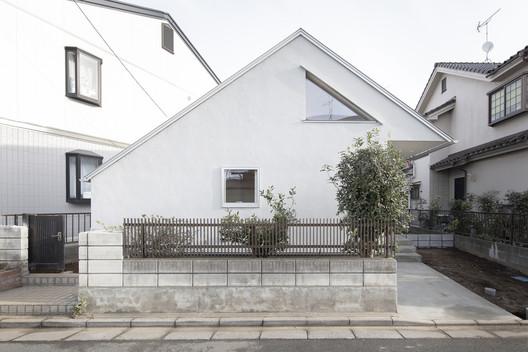 Casa en Mimuro / Ohmura Nakamura Atelier