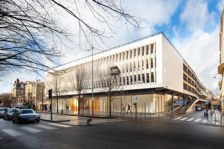 Alice Milliat Gymnasium / Marjan Hessamfar & Joe Vérons architectes associés, © Arthur Pequin