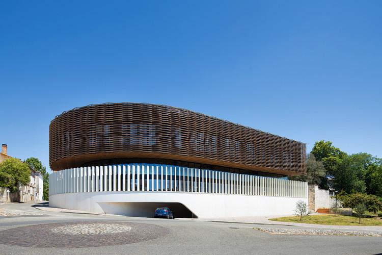 Sede Deux Rives / Marjan Hessamfar & Joe Vérons architectes associés, © Arthur Pequin