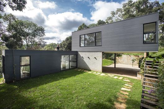 Casa Pasargada / Bernardo Horta Arquiteto  + Meius Arquitetura