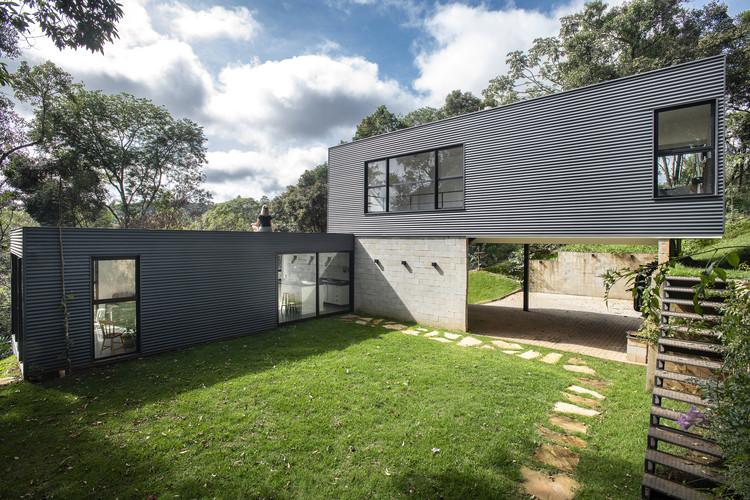 Pasargada House / Bernardo Horta Arquiteto  + Meius Arquitetura, © Daniel Mansur