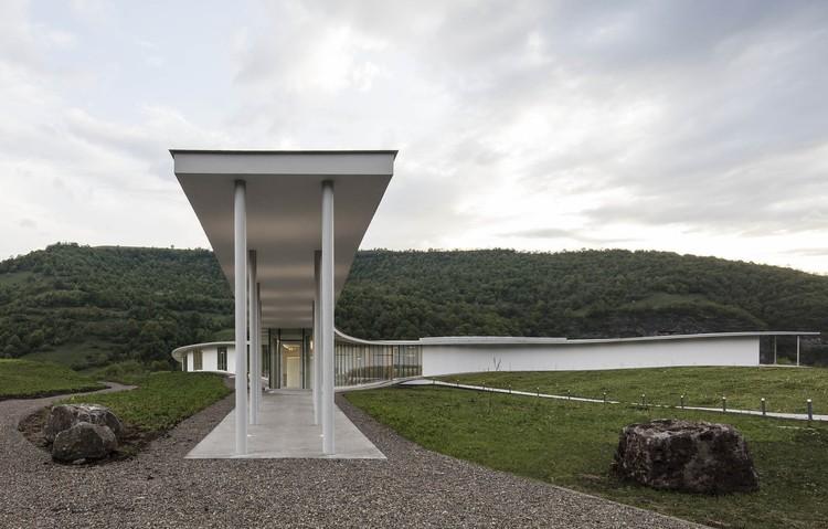 Design in Armenia: New Architecture Building on History, © Ieva Saudargaite