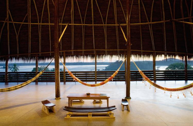 Clima, paisagem e economia: a arquitetura contemporânea amazônica, Instituto Socioambiental – ISA / Brasil Arquitetura. Imagem © Daniel Ducci