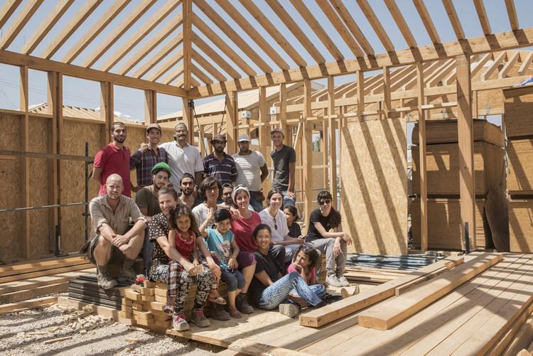 Quando arquitetos se mobilizam em tempos de crise, Jarahieh Escola de Refugiados. Imagem Cortesia de CatalyticAction