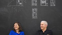 """""""A realidade é que temos que seguir remando"""": conversa com Sandra Barclay e Jean Pierre Crousse"""