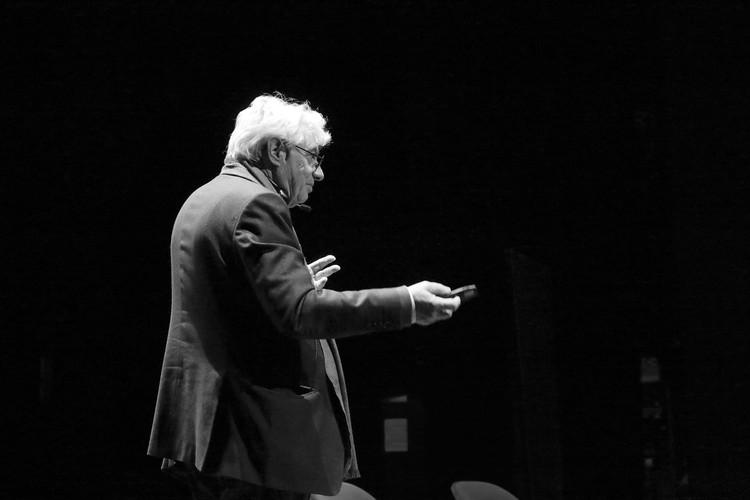 Architects, not Architecture: Mario Botta, Mario Botta at Architects, not Architecture. Berlin 2017. Image © AnA