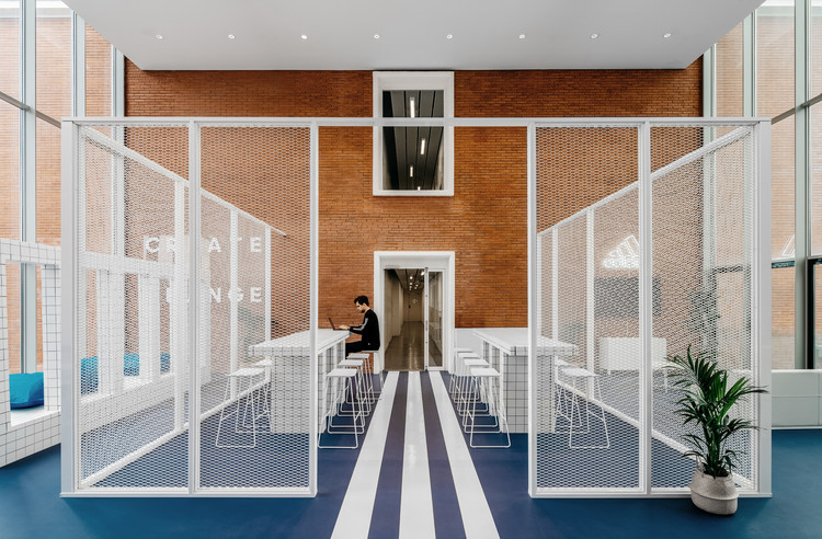 ADIDAS X INSEP Space / Ubalt architectes, © Yohann Fontaine