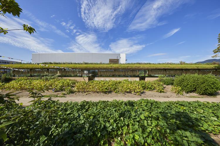 IROHA Village Factory / Hiroshi Nakamura & NAP, © Nacasa & Partners Inc.