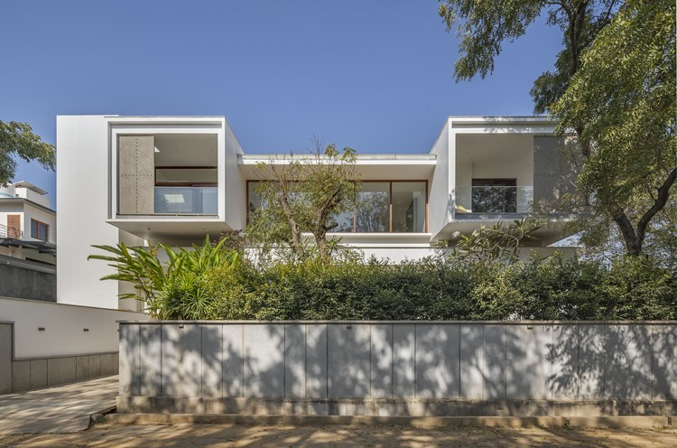 Story of Three Courts Residence / Collage Architecture Studio, © Shamanth Patil, Arunkumar TD