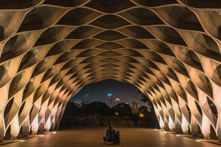 Ferramentas para implementar a economia circular na arquitetura e construção, Estrutura criada a partir de BIM e parametrização. Foto de Chris Palomar, via Unsplash